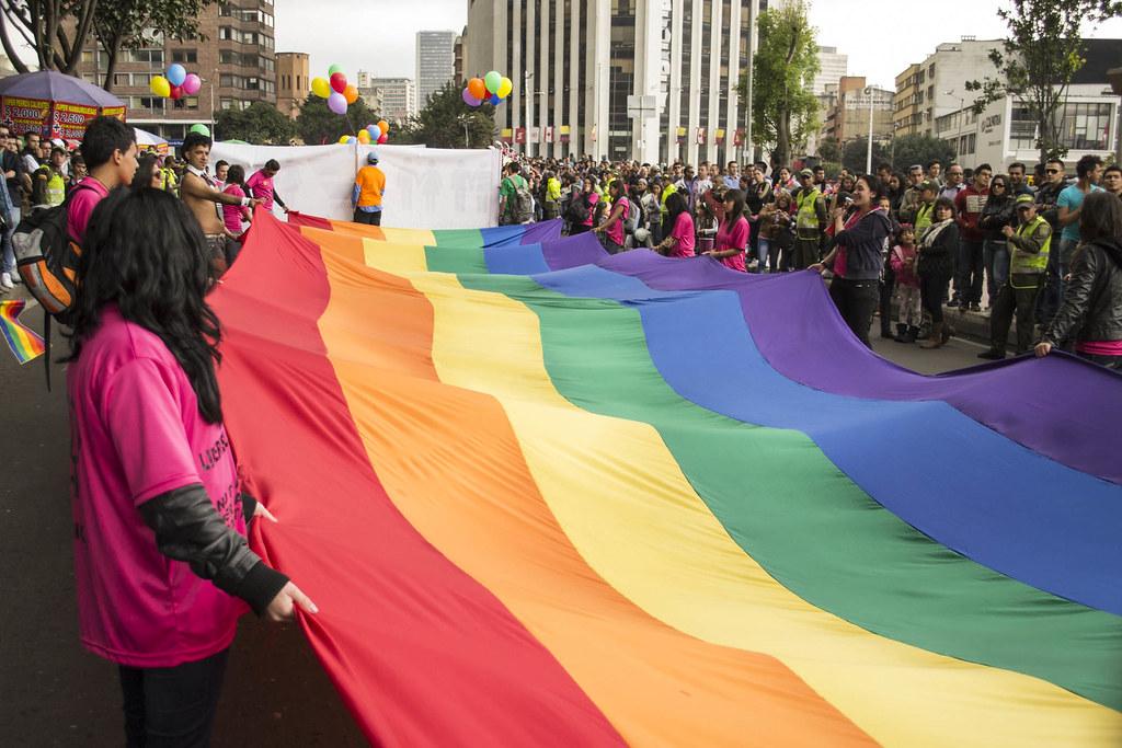 في داخل الخزانة, المثليون المسلمون يعانون بصمت في النرويج 9191775315 eef40153b3 b
